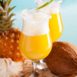 Stockfoto: Cocktail of pineapple, rum, liqueur