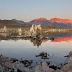Sunrise at Mono Lake — Stock Photo