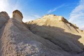 砂岩は日没でからの丘 — ストック写真