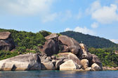 The picturesque shores of magical Similan Islands — Stock Photo