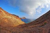 Pitoresk kayalık sahil şeridi — Stok fotoğraf