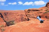 Il fotografo sul fiume colorado — Foto Stock