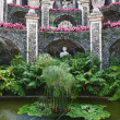 Magnificent palace, pond and fountain  — Stock Photo #46475575