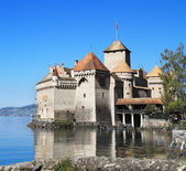 The Castle of Chillon on Lake Geneva — Stock Photo