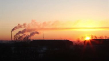 Sunrise of the industrial city. Omsk. Russia. — Stockvideo