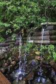 Heliga våren Sankt sergius av radonezh. vattenfall gremyachiy nyckel. — Stockfoto