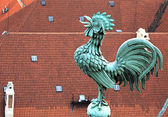 Rooster on the tower of Saint Vitus Cathedral. — Stock Photo