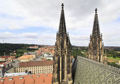 Tower of Saint Vitus Cathedral in Prague. Czech Republic. — Stock Photo