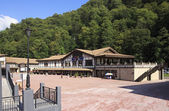 Embankment of Rosa Khutor Alpine Resort. Krasnaya Polyana. — Stock Photo