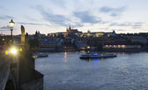 Prague Castle and  river Vltava. — 图库照片