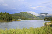 Mountain river Katun in Altay. Russia. — Stock Photo