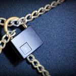Lock and chain — Stock Photo #16791139