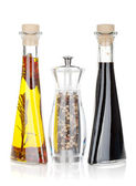 Olive oil, pepper shaker and vinegar — Stock Photo