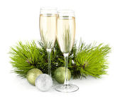 Champagne, fir tree en christmas decor — Stockfoto