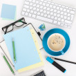 Kaffee und Office supplies — Stockfoto