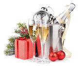 Christmas champagne and gift box — Stock Photo