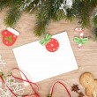 Christmas fir tree, gingerbread cookies and card for copy space — Foto Stock
