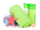 Bath bottles, towel and starfish — Stock Photo