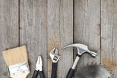 Uppsättning verktyg på trä bakgrund — Stockfoto