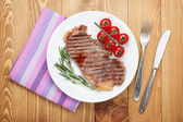 Sirloin steak on a plate — ストック写真