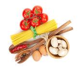 Pasta e ingredienti — Foto Stock