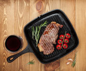 Sirloin steak on frying pan — Stok fotoğraf