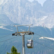 Cable car cabin against Lomnicky peak in High Tatras mountains, — Stock Photo