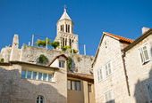 Bell tower of the Saint Domnius Cathedral in Split, Croatia — Stock Photo