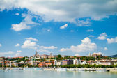 View of Buda side of Budapest with the Buda Castle, St. Matthias — Stock Photo
