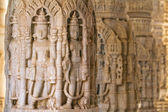 Carvings in Chaumukha temple in Ranakpur, Rajasthan, India — Stock Photo
