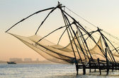 Chinese fishing net at sunrise in Cochin (Fort Kochi), Kerala, India — Foto de Stock