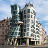 Dancing house building in downtown Prague, Czech Republic — Stock Photo