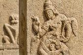 Estátuas esculpidas no templo hindu em hampi, karnataka — Fotografia Stock