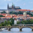 VIew of the Prague castle over the bridge on the Vltava river — Stock Photo