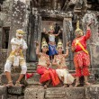 Cambodians in national dresses — Stockfoto #51114415
