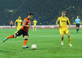 Metalist Kharkiv vs Shakhtar Donetsk football match — Stock Photo