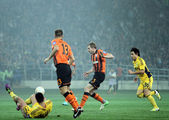 Metalist Kharkiv vs Shakhtar Donetsk football match — Stock Photo