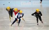 女子 1000 米预赛短道速滑预赛 — 图库照片