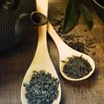 Green and black tea — Stock Photo