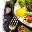 Fried eggs — Stock Photo