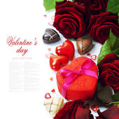 St. Valentine's Day roses and chocolate — Stock Photo