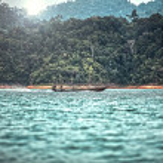 Floating travel . Southeast Asia — Stock Photo