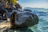 Islands in Southeast Asia. Paradise beach. — Stock Photo