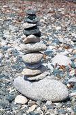Stacked stones representing balance — Stock Photo