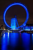 The London Eye and River Thames — Stock Photo