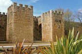 Arched entraceway in Lagos, Algarve, Portugal — Stock Photo