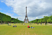 Paris. Champ de Mars — Stock Photo