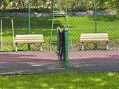 Tenisový kurt v parku stockholm — Stock fotografie