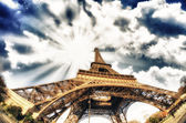 Dramatic view of Eiffel Tower with Sky on Background — Stock Photo