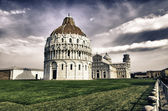 Piazza dei miracoli se k bazilice a šikmou věž, pi — Stock fotografie